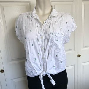 Old navy cactus button up tie front blouse sz.XL